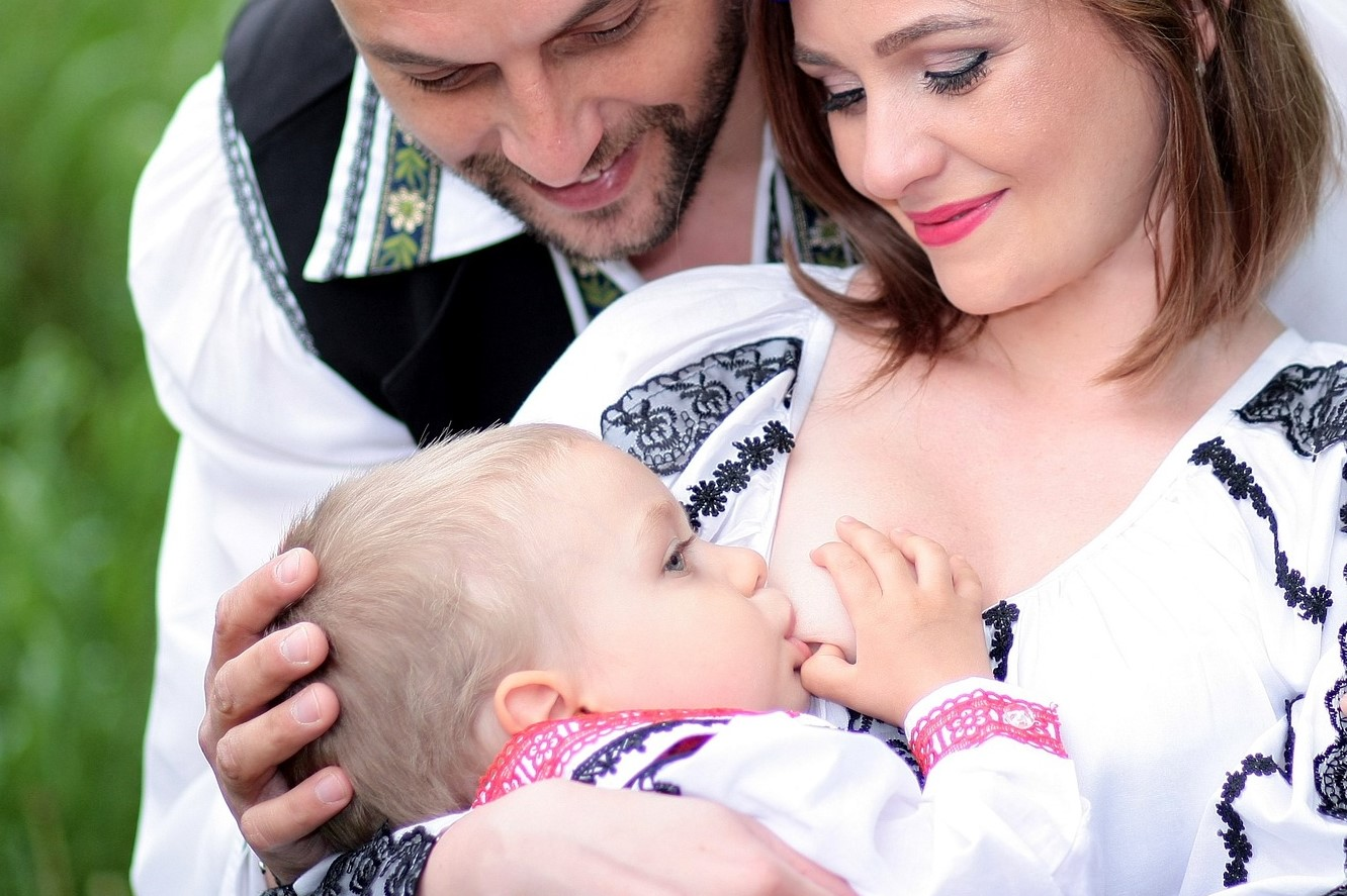 Tips to Stop Breastfeeding Your 1 Year Old