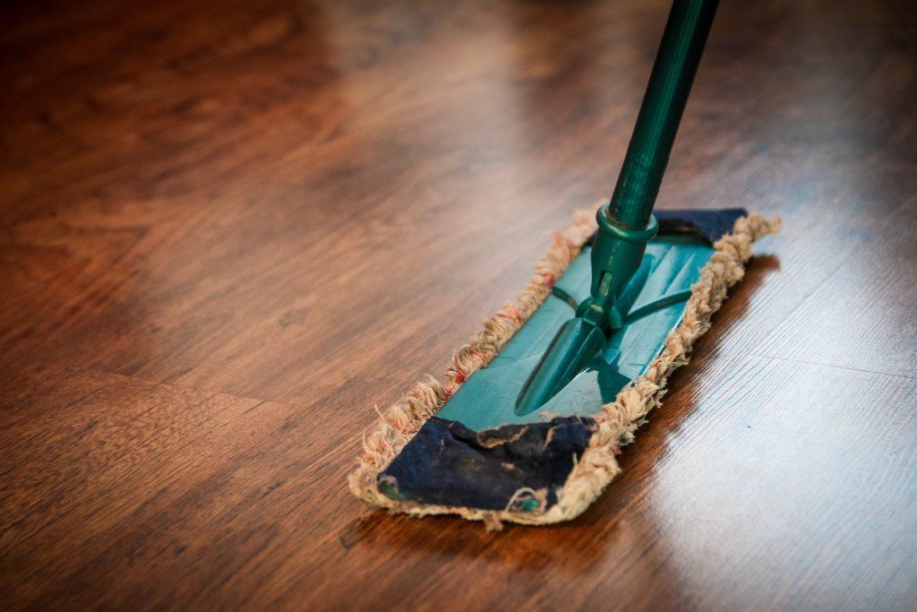mop cleaning floor