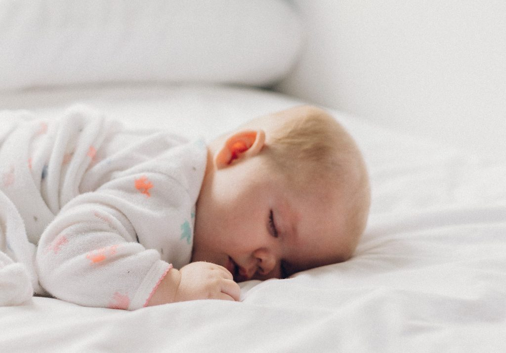 How to Establish a Perfect Baby Nap Schedule (And Why It's Important!)