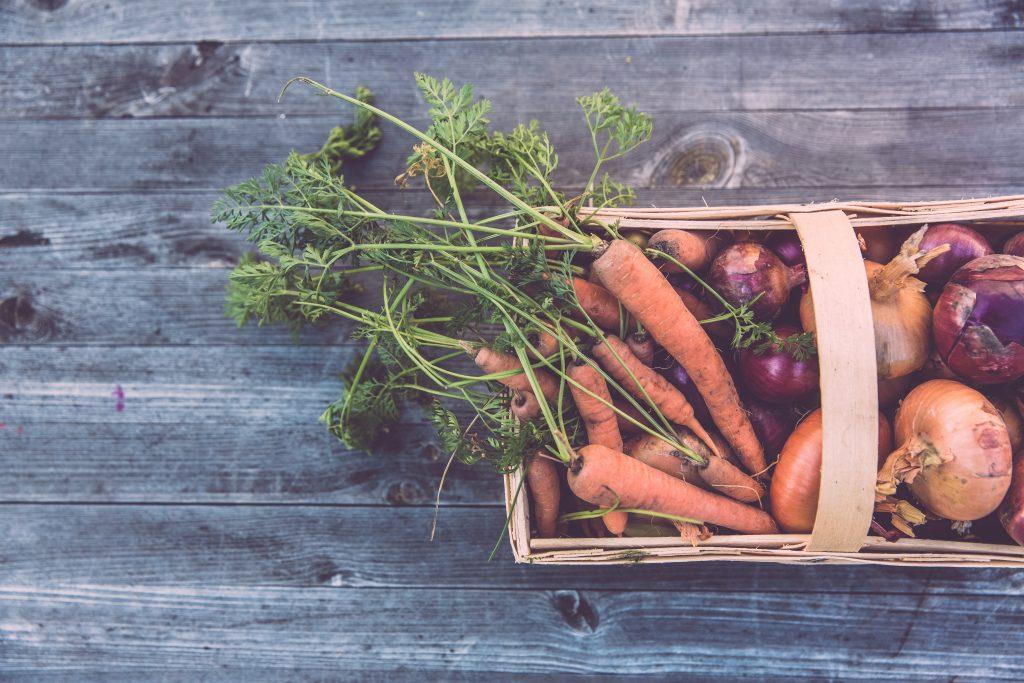 Mom Family Organic Produce