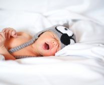 Bedsharing newborn: pros, cons, and how to do it safely