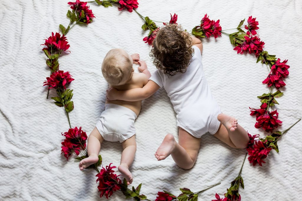 How to handle bedtime routine for toddler and baby on your own