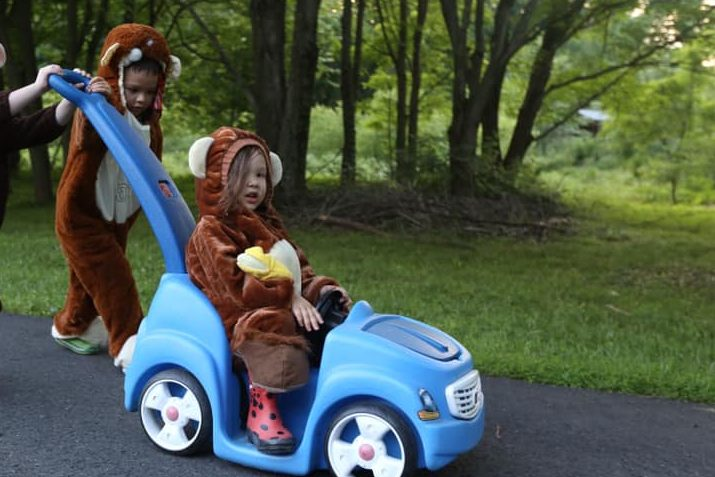 Coordinating costumes make great gifts for siblings to share